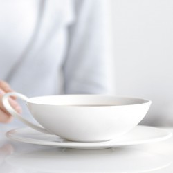 tasse à thé avec soucoupe